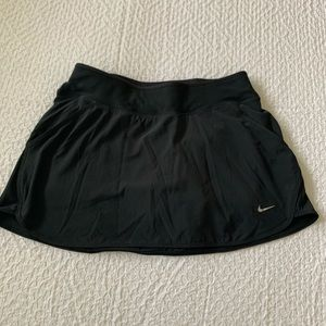 Women's Nike Dri Fit black skirt size small